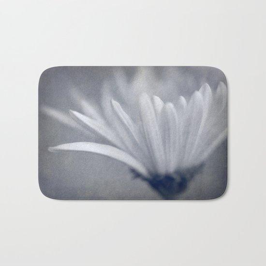 Textured Flower Bath Mat
