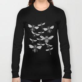 Bees and wasp Flying Long Sleeve T-shirt