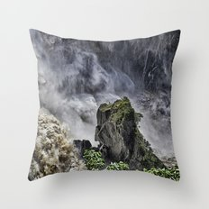 Chaotic water view Throw Pillow