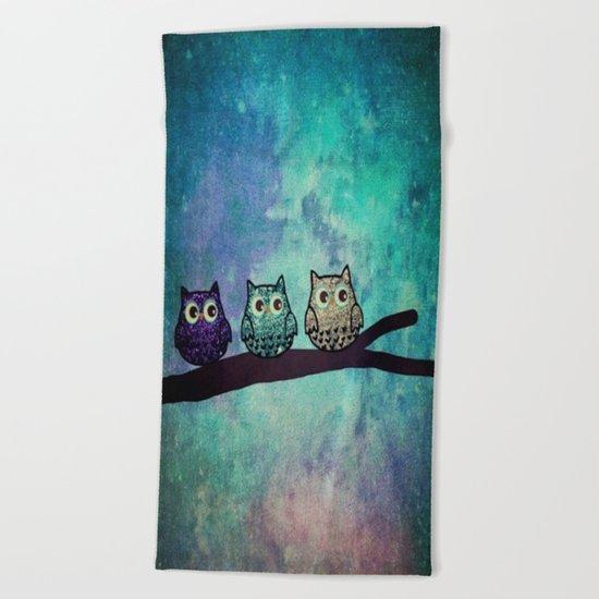 owl-45 Beach Towel