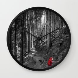 Chaperon rouge Wall Clock