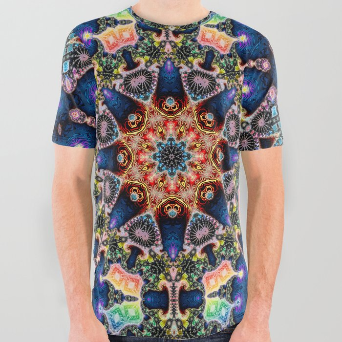 BBQSHOES: Kaleidoscopic Fractal Digital Art Design 1702K All Over Graphic Tee