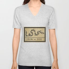 """1776 """"Join, or Die"""" Revolutionary War flag with 13 colonies, snake & no colors by Benjamin Franklin Unisex V-Neck"""