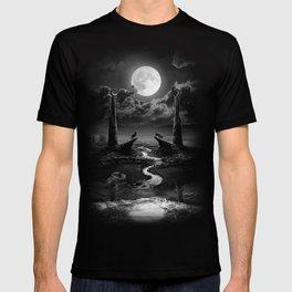 XVIII. The Moon Tarot Card Illustration T-shirt