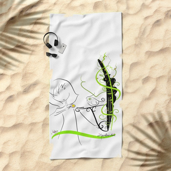 tea break Beach Towel