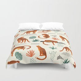 Seamless pattern with leopards Duvet Cover