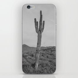 Saguaro B&W // Desert Landscape Photography Arizona Cactus Black and White Vintage Southwestern Vibe iPhone Skin