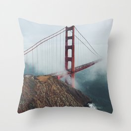 SAN FRANCISCO FOG / DAY Throw Pillow
