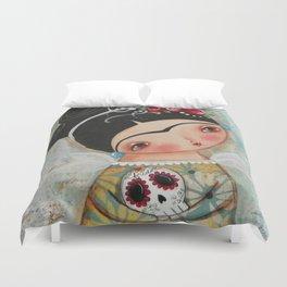 Frida and her sugar skull Duvet Cover