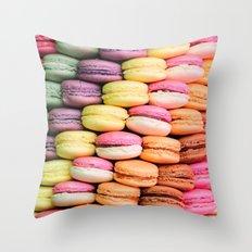 MACARONS LOVE Throw Pillow