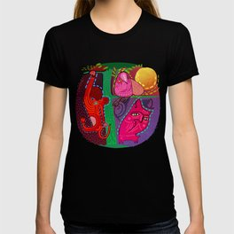 doodle animals hanging out T-shirt