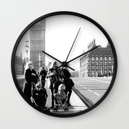 :Family Date Wall Clock