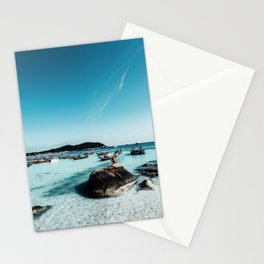 MAN - SITTING - ON - ROCK - PHOTOGRAPHY Stationery Cards