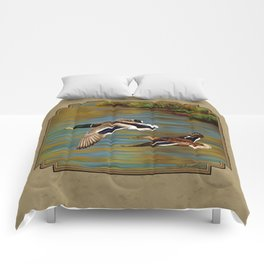 Mallard Ducks in Flight Comforters