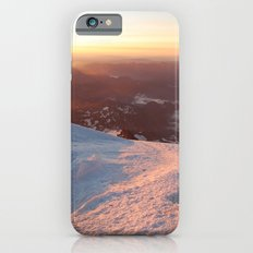 Sunrise above the earth - 14,411 feet Mt. Rainier iPhone 6s Slim Case