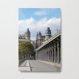 Pont de Bir-Hakeim over the Seine Metal Print