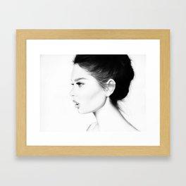 Belle femme Framed Art Print