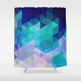 Geometric and electric Shower Curtain