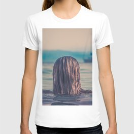 WOMAN - HAIR - WATER - PHOTOGRAPHY T-shirt