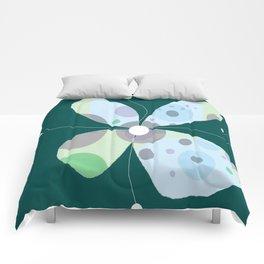 FLOWERY BJÖRK / ORIGINAL DANISH DESIGN bykazandholly Comforters