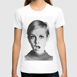 Twiggy, Retro Fashion Icon, Vintage Black and White Art T-shirt
