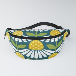 the daisies greet you Fanny Pack