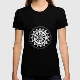 Black and White Mandala 2 T-shirt
