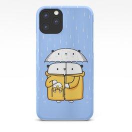 Opi y Kipi en la lluvia iPhone Case