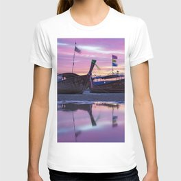 Mysterious Long Tail Boats  T-shirt