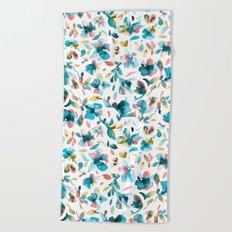 Blue watery hibiscus flowers - Tropical floral pattern Beach Towel