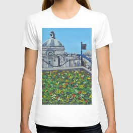 Spring at City Hall, Cardiff T-shirt