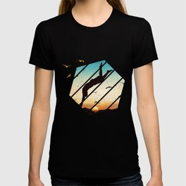 Cliff Jump Retro Vintage Sunset Cliff Diving Gift T-shirt