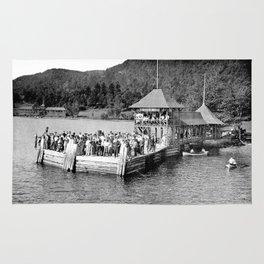 Waiting at Silver Bay (1906) Rug