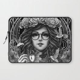 Winya No. 84-2 Laptop Sleeve