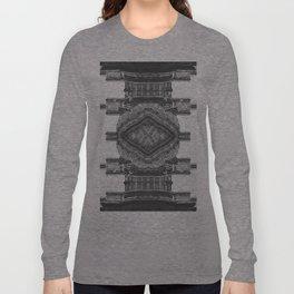 Architecture navajo b&w Long Sleeve T-shirt