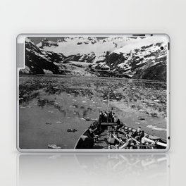 Retro USA Alaska glacier bay national monument 1970 Laptop & iPad Skin