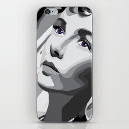 Elizabeth Taylor - Purple Eyes iPhone Skin