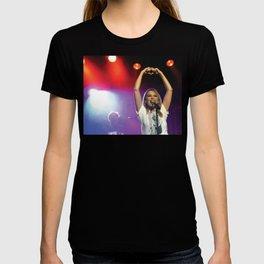 'Love' - Kylie Anti Tour 2012 T-shirt