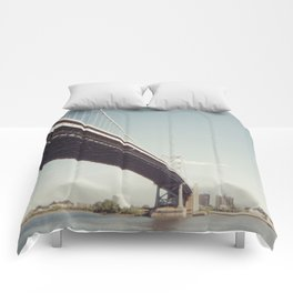 ben franklin's bridge Comforters