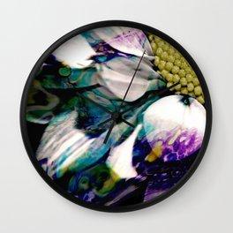 Fluid Nature - Marbled Daisy - Acrylic Pour & Photography Wall Clock