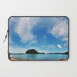 UNBELIEVABLE SIGHT Laptop Sleeve