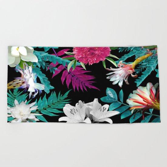 flowers pattern Beach Towel