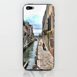 A Lonely traveler, Venice, 2006 iPhone Skin