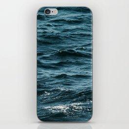 waves crushing iPhone Skin
