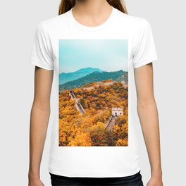 The Great Wall of China in Autumn (Color) T-shirt