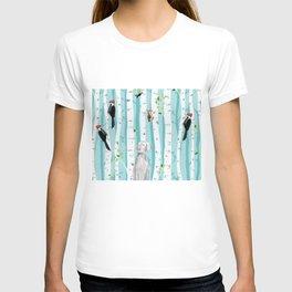 WEIMARANER AND WOODPECKERS T-shirt