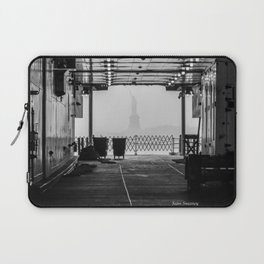 Liberty Through The Boat Laptop Sleeve