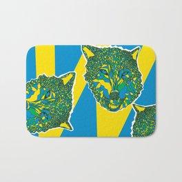 color your wolf Bath Mat