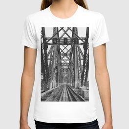 Long Biên Bridge T-shirt