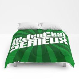 Le Jeu C'est Sérieux Comforters